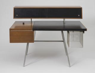 4658 Desk, 1946