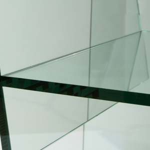 Planar armchair form made of six sheets of plate glass.