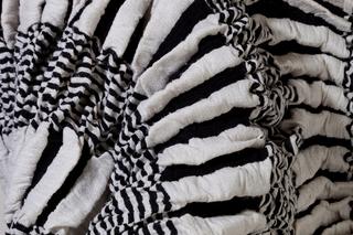 Textile, Futsu Crisscross