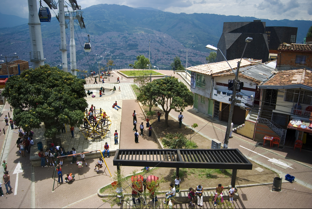 Medellín Metrocable and Northeast Integral Urban Project, 2003–2009