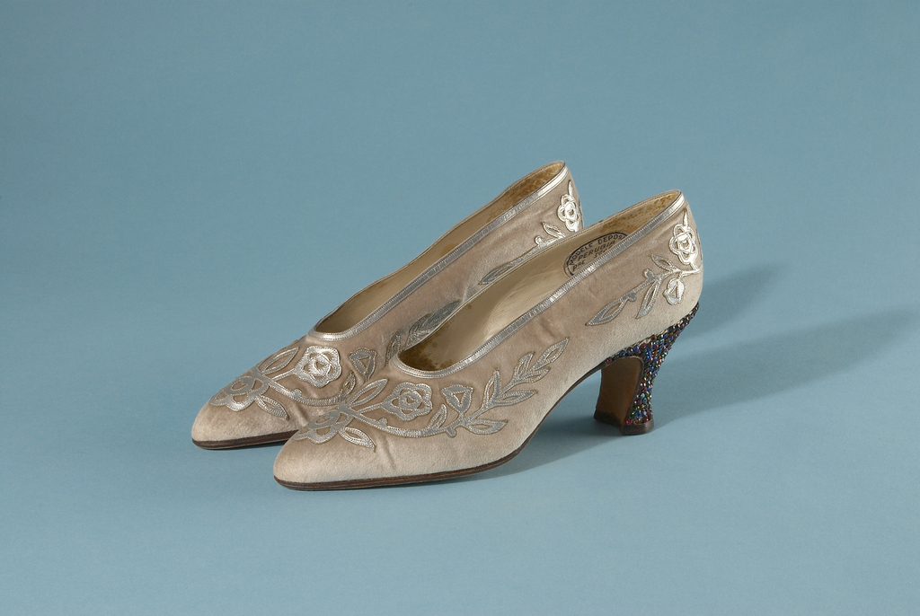 Pair of opera pumps in white silk velvet with silver kid and rhinstone applique