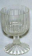 Red wine glass; Ribbed surface