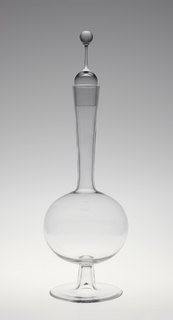 "Thinnest mouth-blown crystal (""Muslin glass""). Ambassador decanter with liqueur-glass stopper."