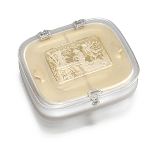 Frosted rock crystal vanity case with a scene engraved on the understide of the cover , the geometric hinges and clasp set with rose-cut diamonds; the interior fitted with two compartments