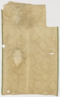Large scale pattern with heart-shaped leaves and Tudor rose in ivory