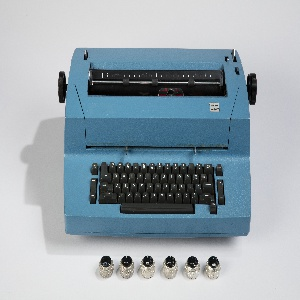 Correcting Selectric II, model 895 Typewriter And Typing Elements