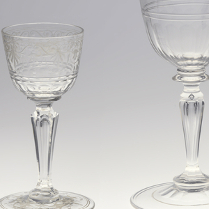 Mouth-blown crystal punch glass, facet-cut and polished (without engraving).