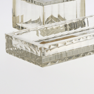 Faceted and cube-cut and polished rectangular comb dish.