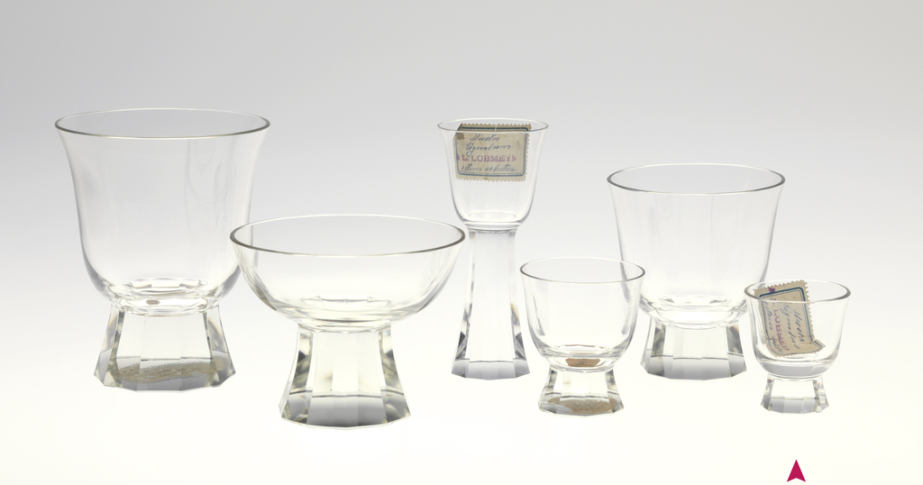 Mouth-blown crystal, bell-shaped cordial glass, facet-cut and polished base.
