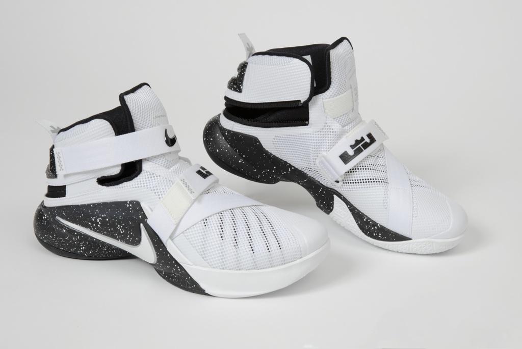 Shoe (Pair), Men's Zoom Soldier IX Flyease, 2012