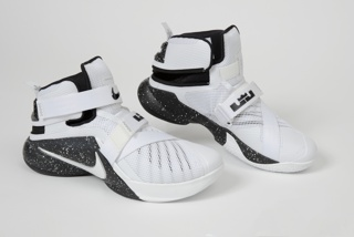 Shoe (Pair), Men's Zoom Soldier IX Flyease, 2012