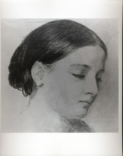 Portrait of Sophie Huntington showing her lowered head in right profile.