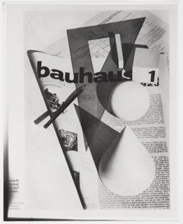 Photograph, Design for Bauhaus: Zeitschrift für Bau und Gestaltung (Design for Bauhaus: Magazine for Building and Design) Cover, Vol. 2, No. 1