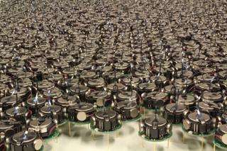 Robots (50), Kilobots, 2012
