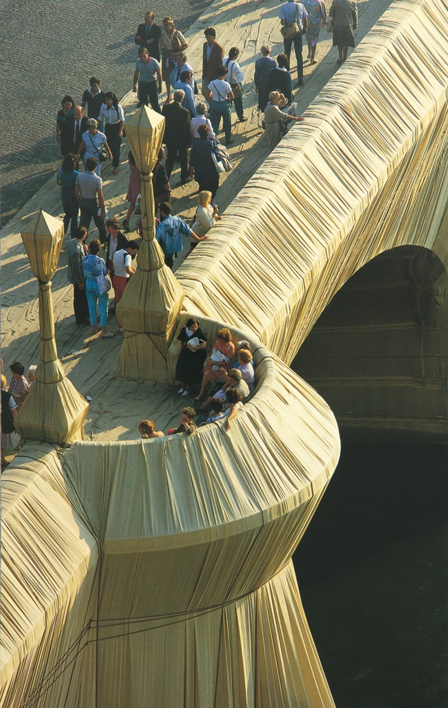Photograph, The Pont Neuf Wrapped, 1985