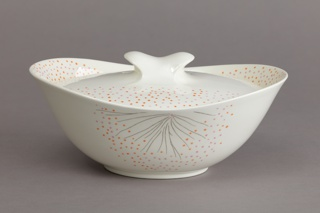 Hallcraft Tomorrow's Classic Covered Dish (Dawn pattern) Covered Dish