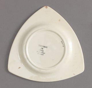 Tricorne Plate Plate