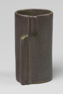 Brown-gray cylindrical vase decorated with molded linear vertical motif.