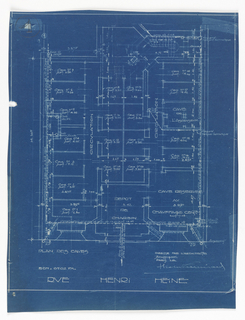 Floor plan for the basment of the apartment building on Rue Heine. Design shows organization of 23 rooms, all labelled and scale noted.