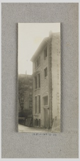 Photograph, Photograph of the Construction of a Mass-operational House Designed by Hector Guimard (No. 30)