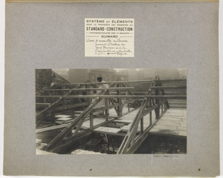 A photograph belonging to a series showing the construction of one of the mass-operational houses designed by Guimard for the post-World War I.