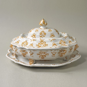 Tureen With Lid And Stand (France)