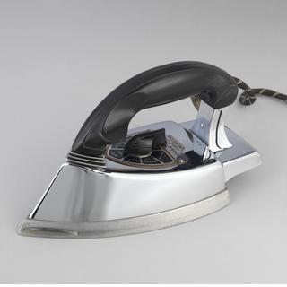 General Electric Hi-Speed Calrod Moderne Iron