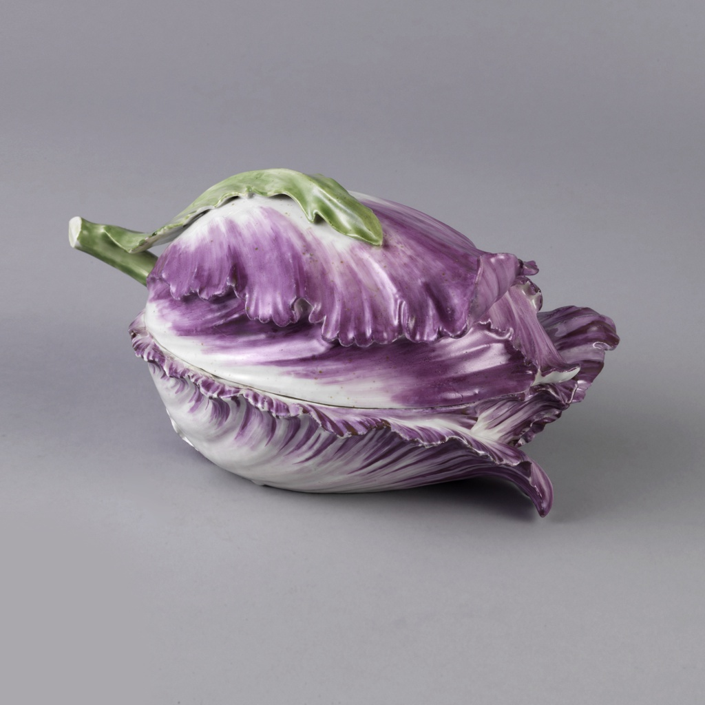 Covered Bowl in the Form of a Red Cabbage or Tulip Bowl