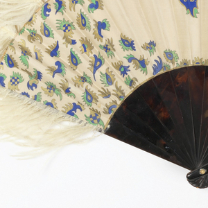 "Pleated fan. Painted and gilded silk leaf with scattered ornaments and central initials ""IZ"". Tortoise sticks, possibly imitation, with ostrich feathers. Gilt metal rivet engraved with initials."