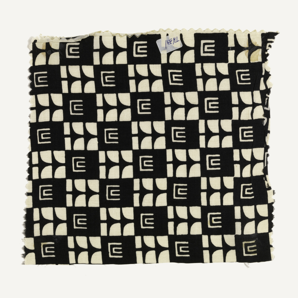Even checkerboard of black and white squares, each with abstract geometric patterns.