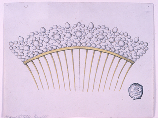 Seventeen tines springing from a metal band. The crest boarder is composed of round diamonds in various sizes. Six drop-shaped stones above, in the intervals between the circles, forming a row below the scehem of hte decoration. Inside the circles are blossoms.