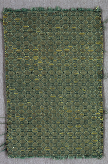 Grid pattern in green and gold.