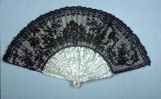 Pleated Fan (France)