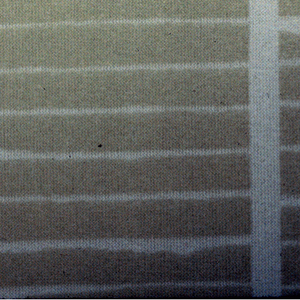 Columns in white outline containing small white horizontal lines on light gray ground.