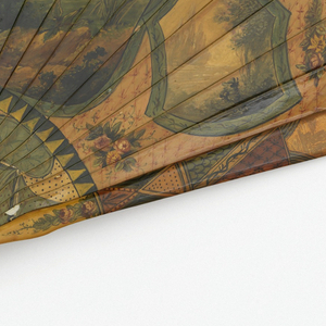 Brisé fan. Ivory sticks painted to resemble vernis martin. Obverse: central scene of balloon ascent with cartouches enclosing four smaller scenes of balloon in flight and two portraits. Reverse: balloon over landscape. Rivet is set with a clear faceted stone. Tortoise shell on guards.