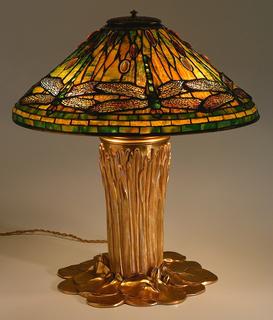 Dragonfly, model 1462 (shade) Lamp