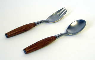 Knife (a): stainless steel blade with rounded tip, tapering wooden handle; fork (b,d): stainless steel four-prong tines with tapering tubular wooden handle; spoon (c,e): rounded oval stainless steel bowl with tapering tubular wooden handle.