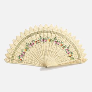 Brisé fan, pierced bone sticks painted in gouache with flowers. Green silk ribbon.