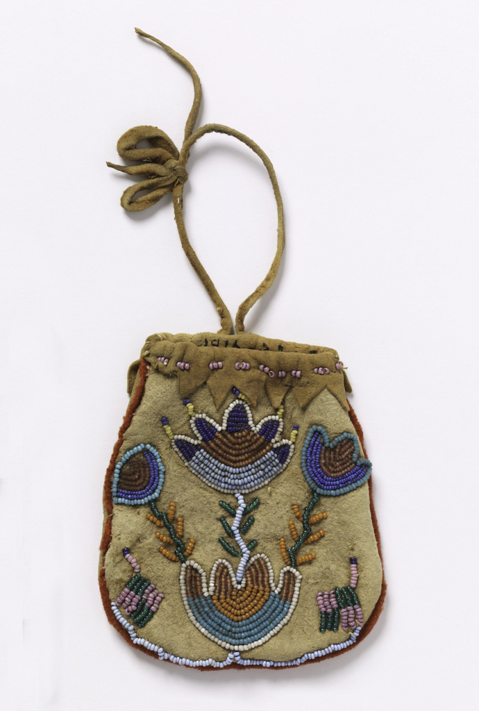 Small leather bag with drawstring closure, with red felt trim and flower motifs embroidered with colored beads.