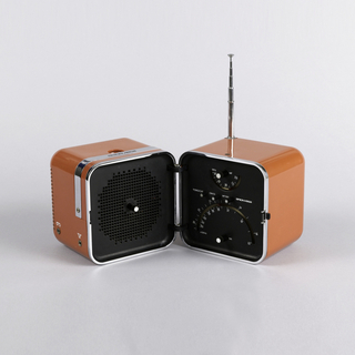 ts502 Portable Radio