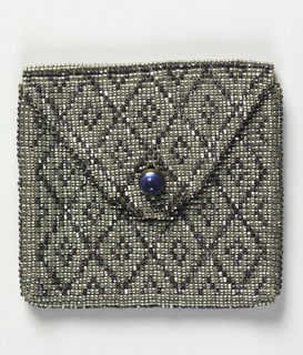 Small coin purse that fits inside 1920-21-1-a