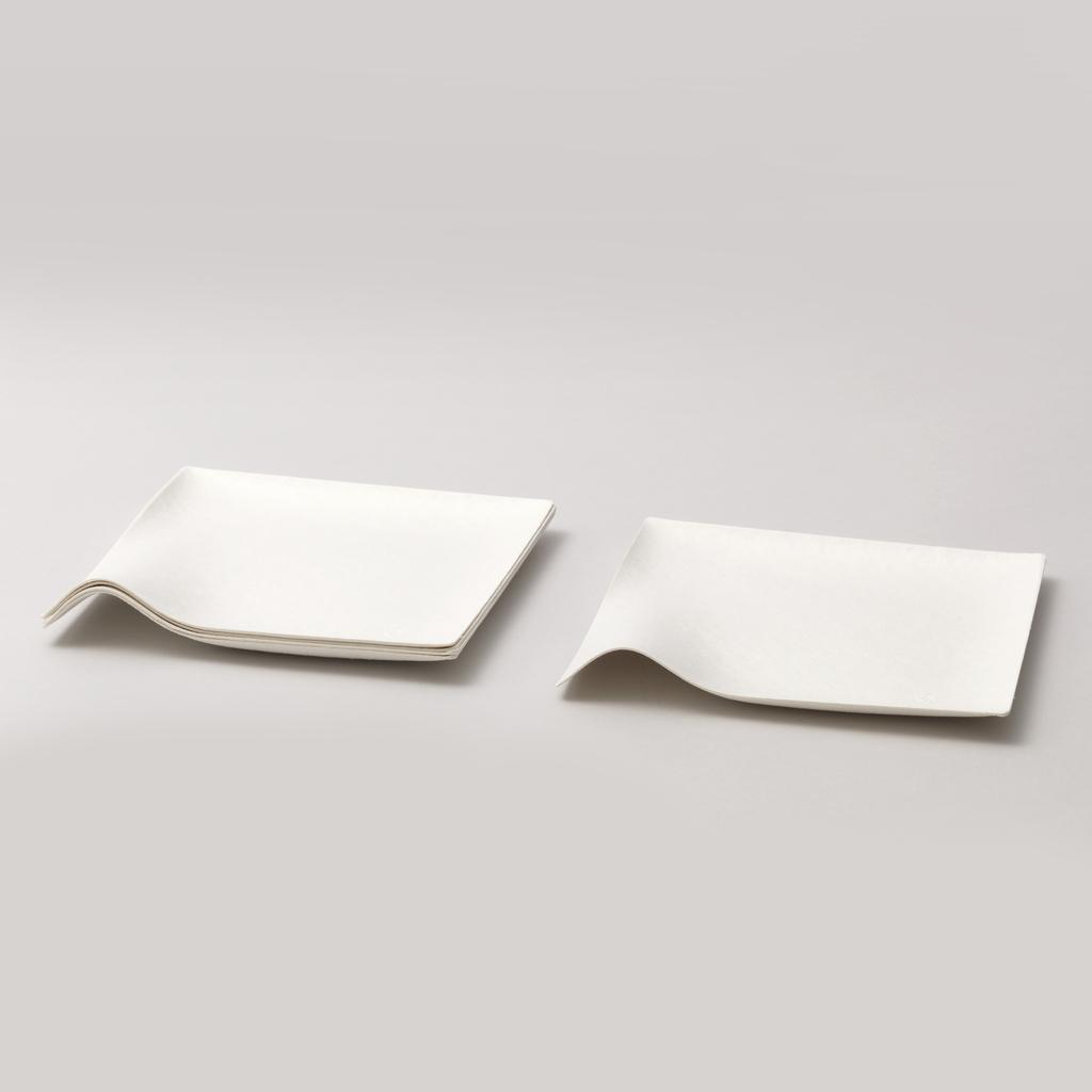 Kaku square plate, medium Plate, 2008