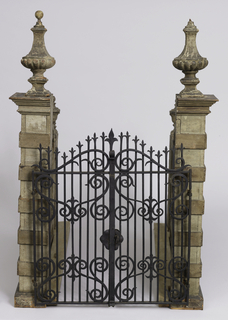 Model Of A Walled Entrance With Gate (Italy)