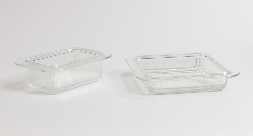 Squared glass baking dish