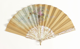 Pleated fan, white silk leaf painted with flowers in gouache on the obverse. Reverse blank. Plain mother-of-pearl sticks.