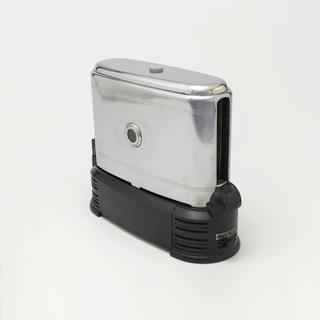 Toast-o-Lator Toaster, manufactured 1939–52