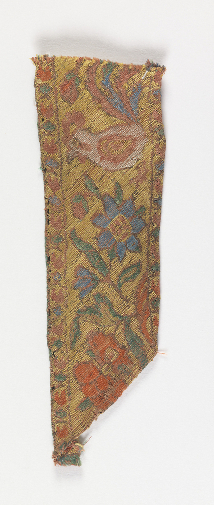 Narrow band showing flowers and rooster.