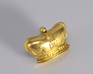 Crown-shaped matchsafe Matchsafe, ca. 1900